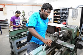 facilities-machinery-workshop-1